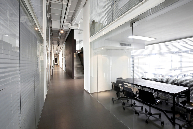 office partitions  - Different Types of Office Partitions and Advantages